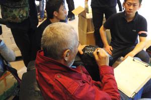 Forests Underwater - Takashi Amano signiert den Stein