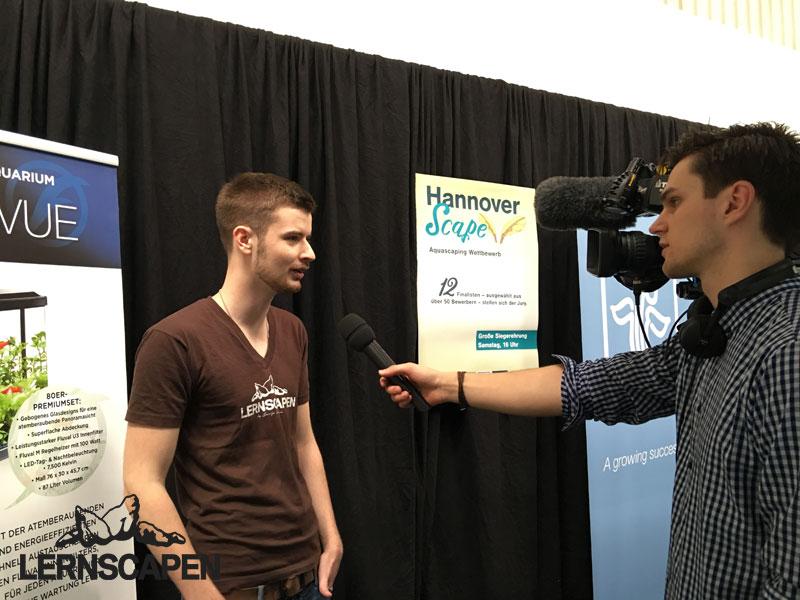 Aquascaping-Wettbewerb-Dennis-Laufer-gibt-Lucas-Müller-von-Garnelen-TV-ein-Interview